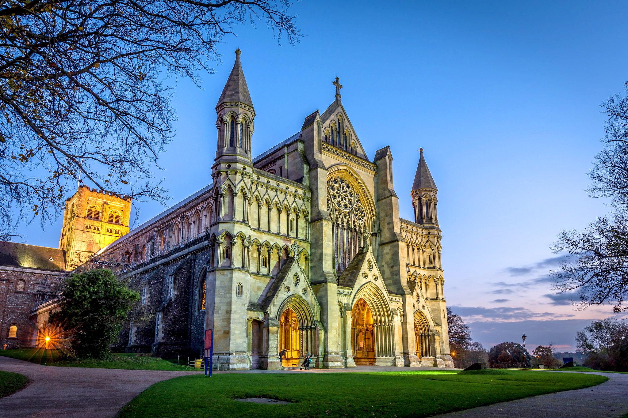 St Albans Cathedral at sundown by Alan Batham.jpg