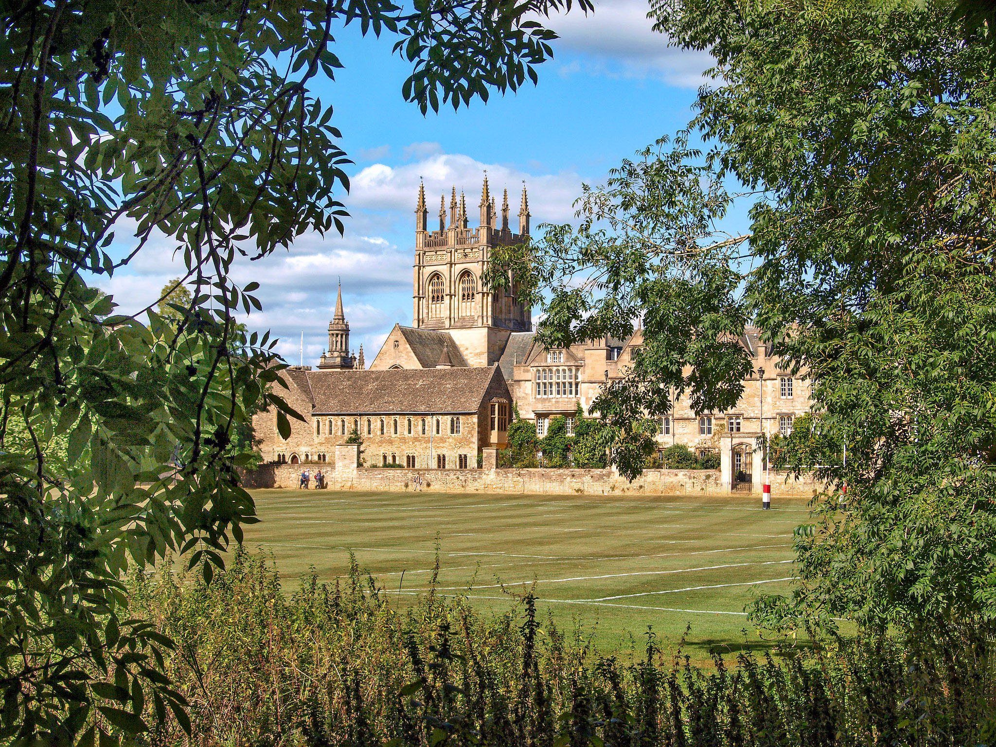 View towards Merton College from the Broadwalk, Oxford by Andrew S Brown.jpg