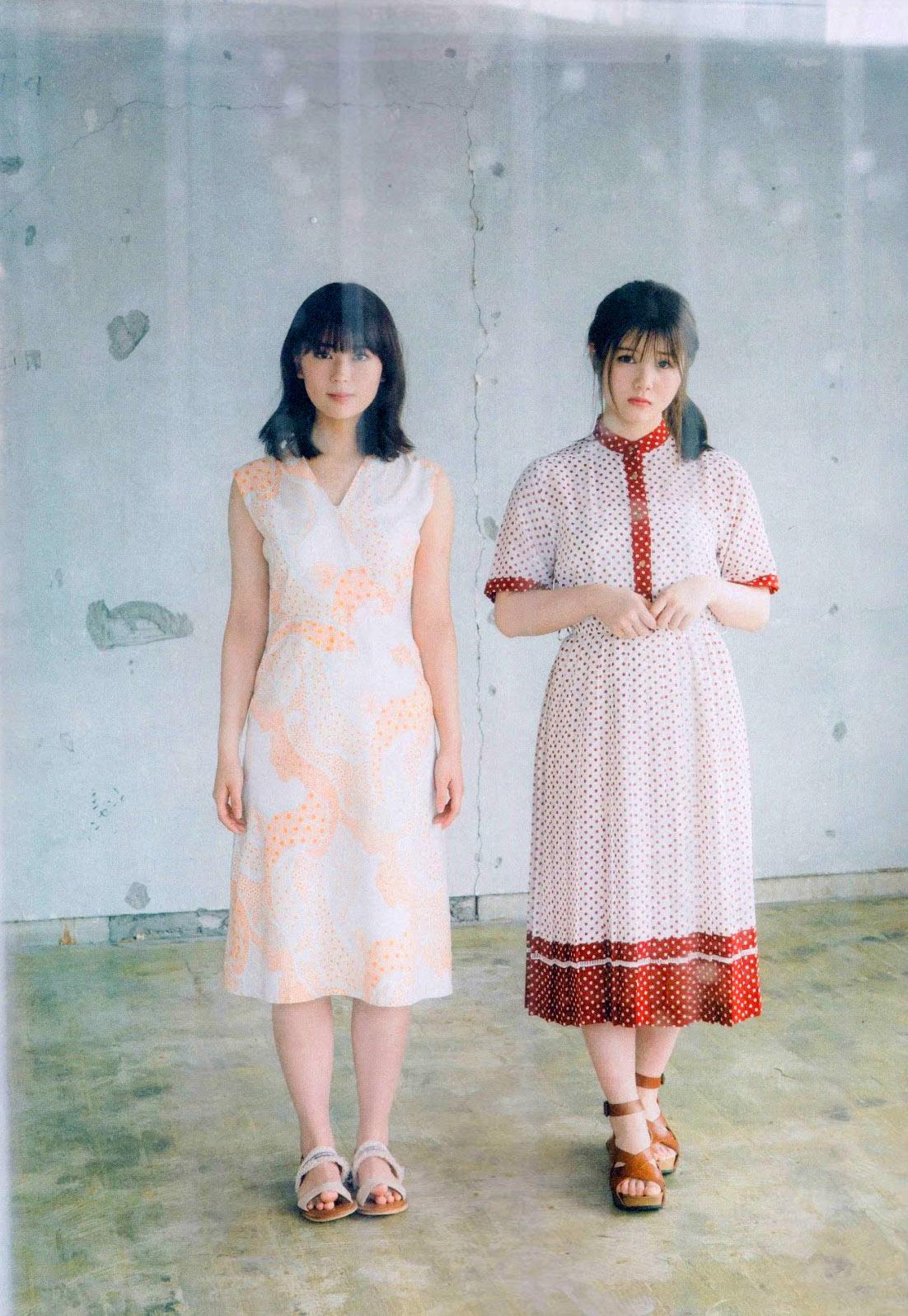 Ito Riria Renka Iwamoto BLT 1908 04.jpg