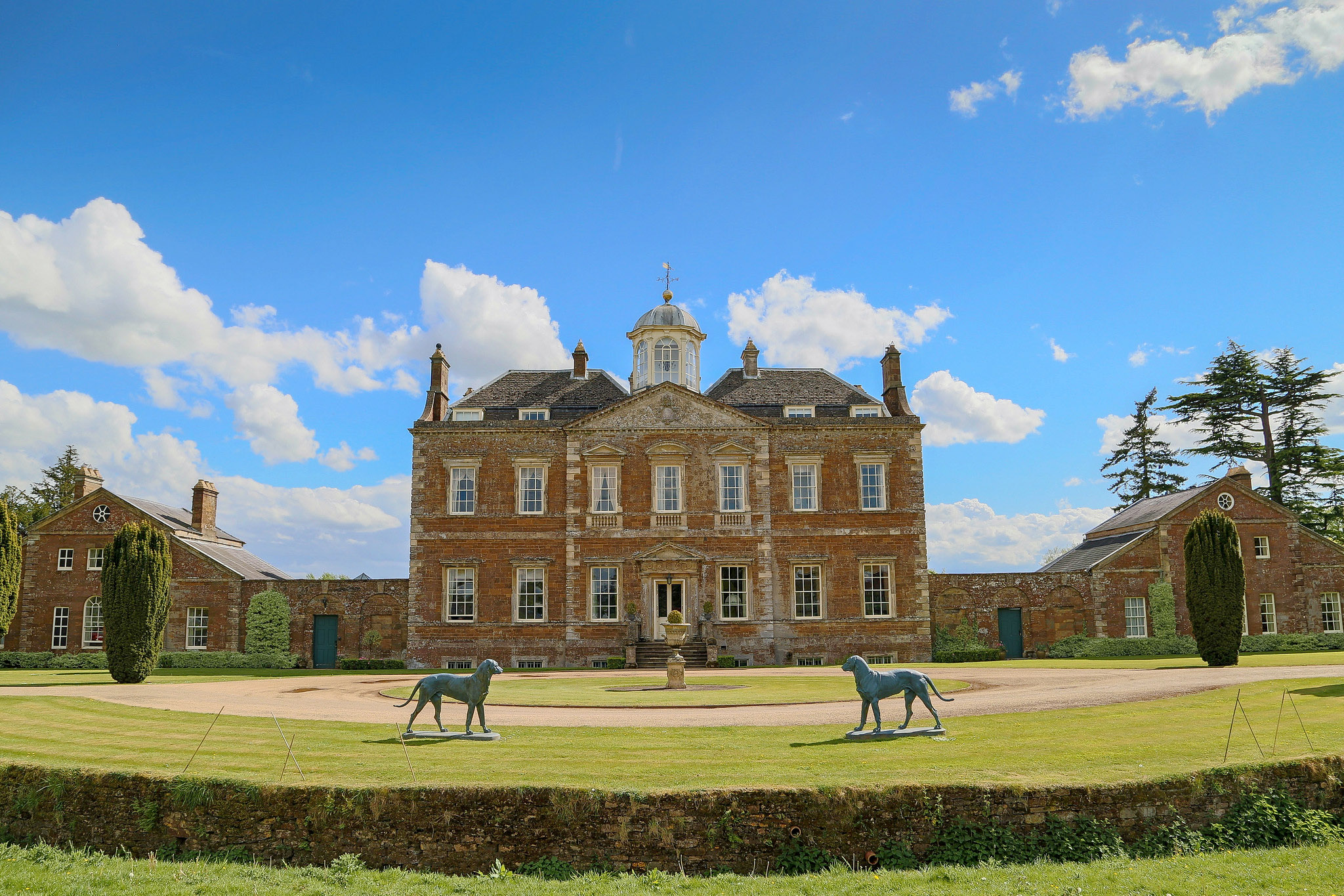 Thenford House, Northamptonshire by UltraPanavision.jpg