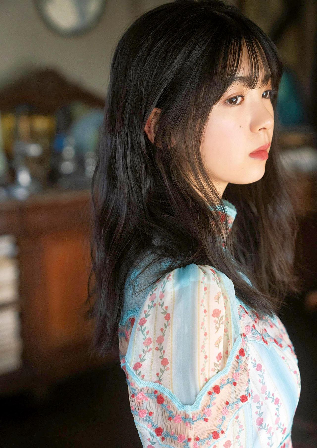 Ayame Tsutsui N46 EnTame 2103 04.jpg
