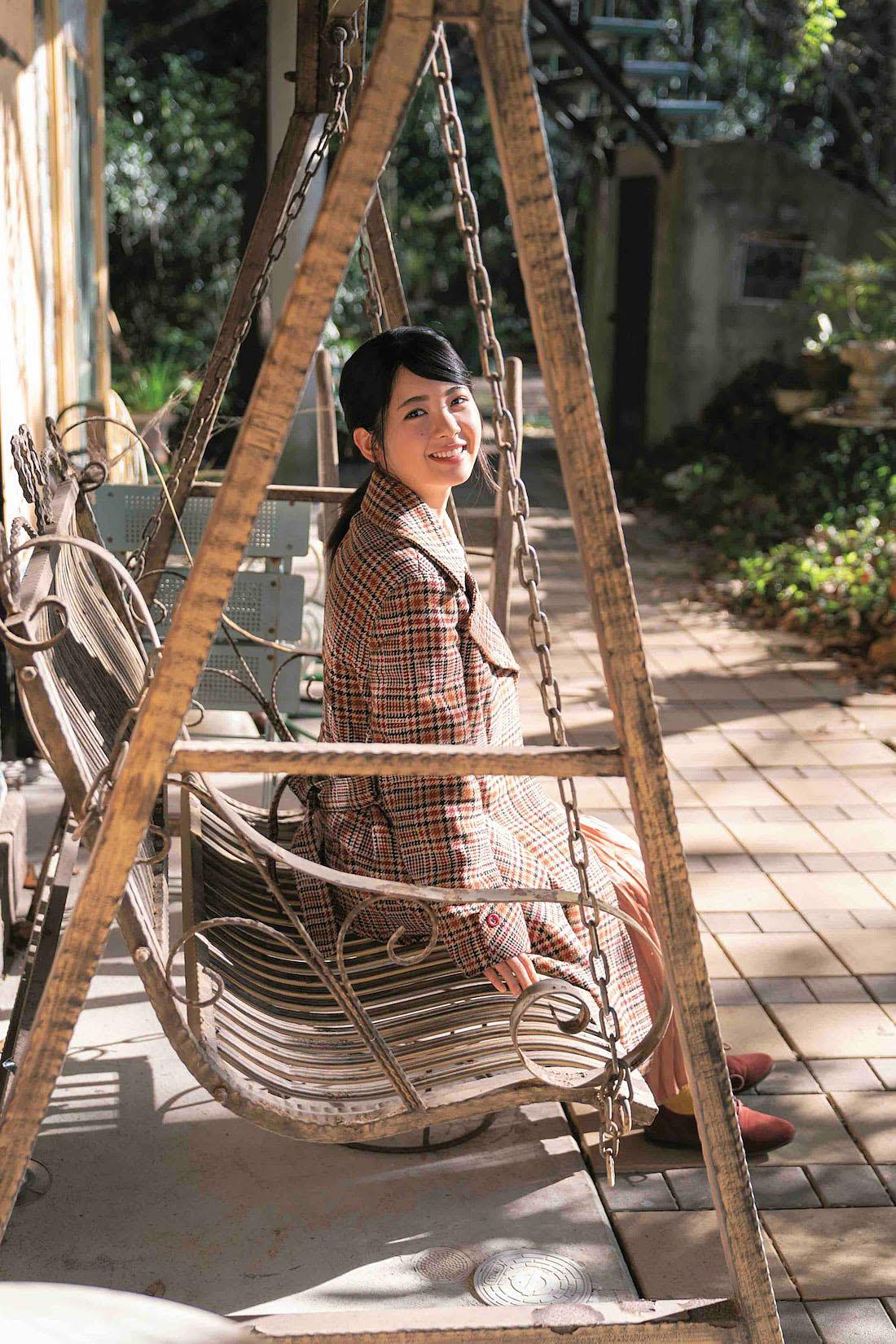 Ayame Tsutsui N46 EnTame 2103 08.jpg