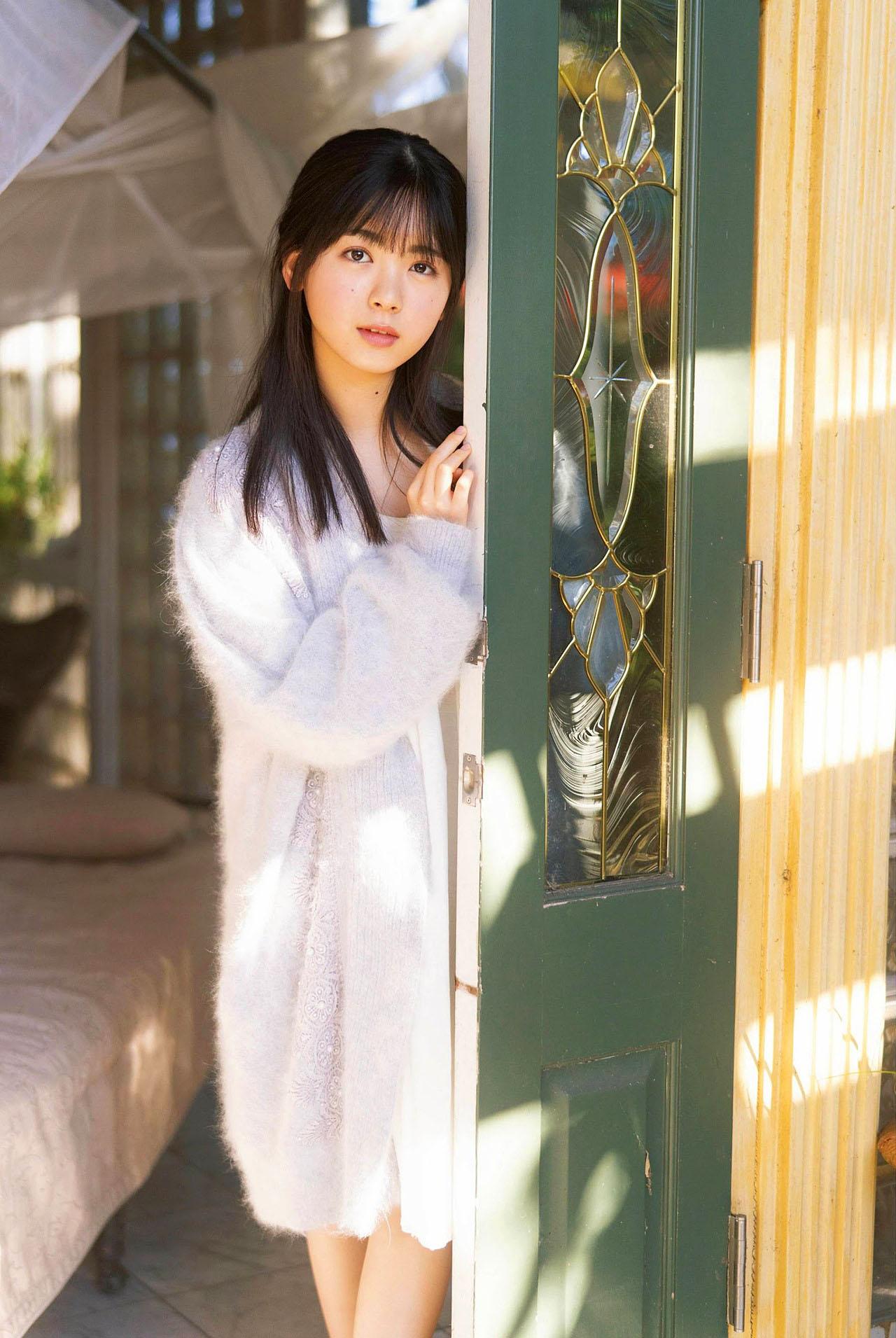 Ayame Tsutsui N46 EnTame 2103 09.jpg