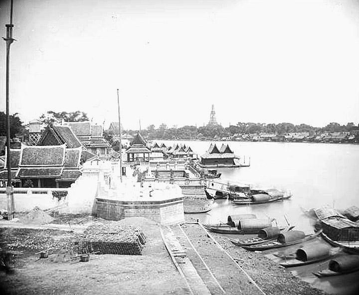 1865 Chao Phraya view.jpg