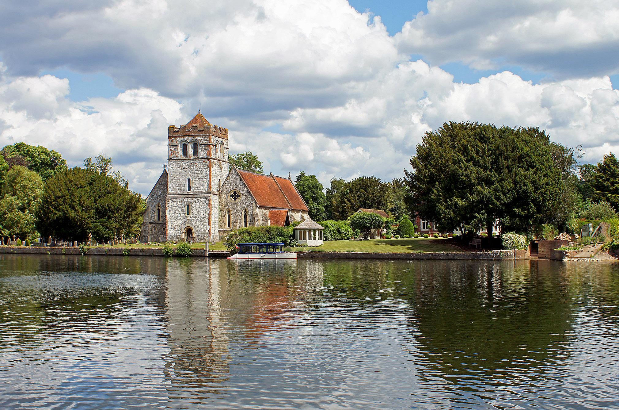 Bisham Church on the River Thames by Rob Rogers.jpg