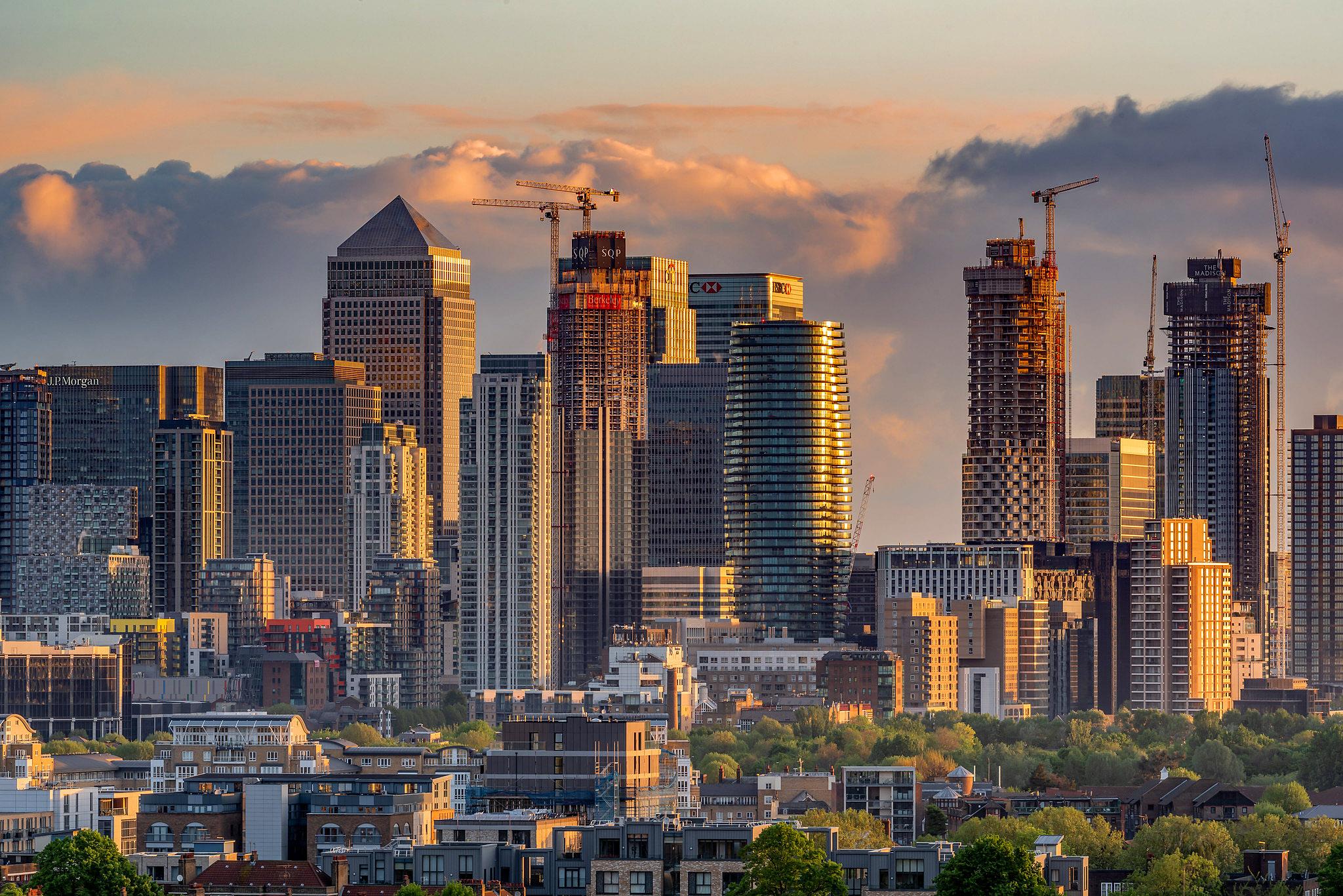 Canary Wharf, London by Aleem Yousaf.jpg