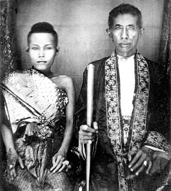 1861 Their Majesties King Mongut & Queen Consort Debsirindra Boroma Rajini.jpg