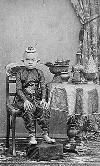 1868 Mongkut son.jpg