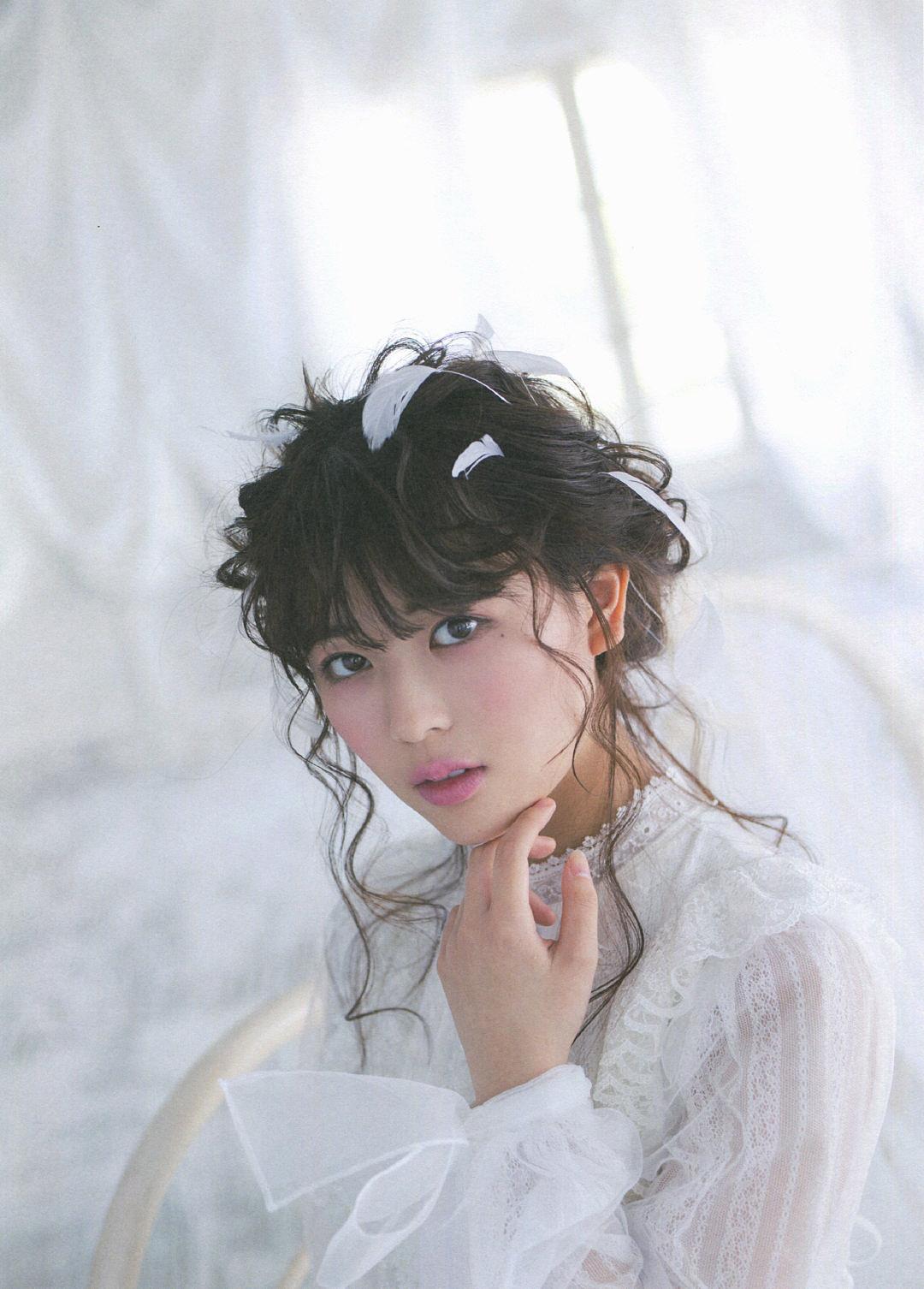 Renka Iwamoto Pasha Style 04 04.jpg