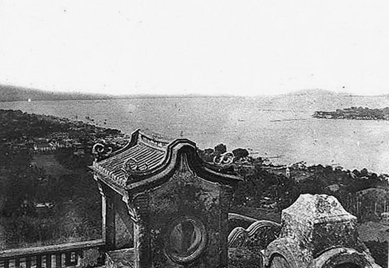 1889 Songkhla harbour.jpg