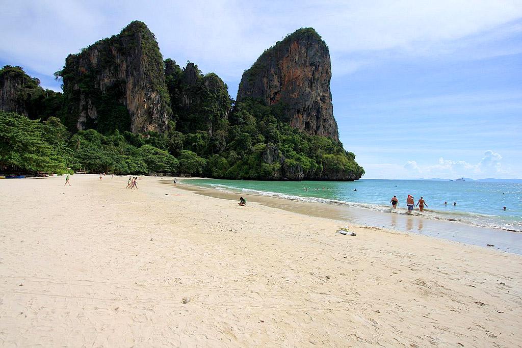 Railay beach Krabi 2.jpg