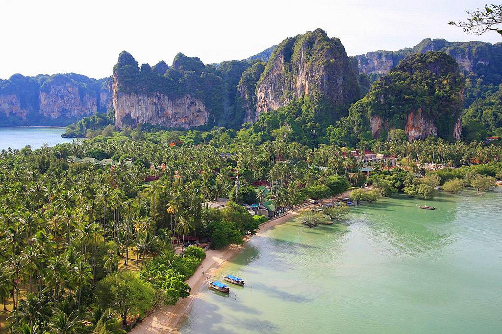 Railay beach Krabi.jpg