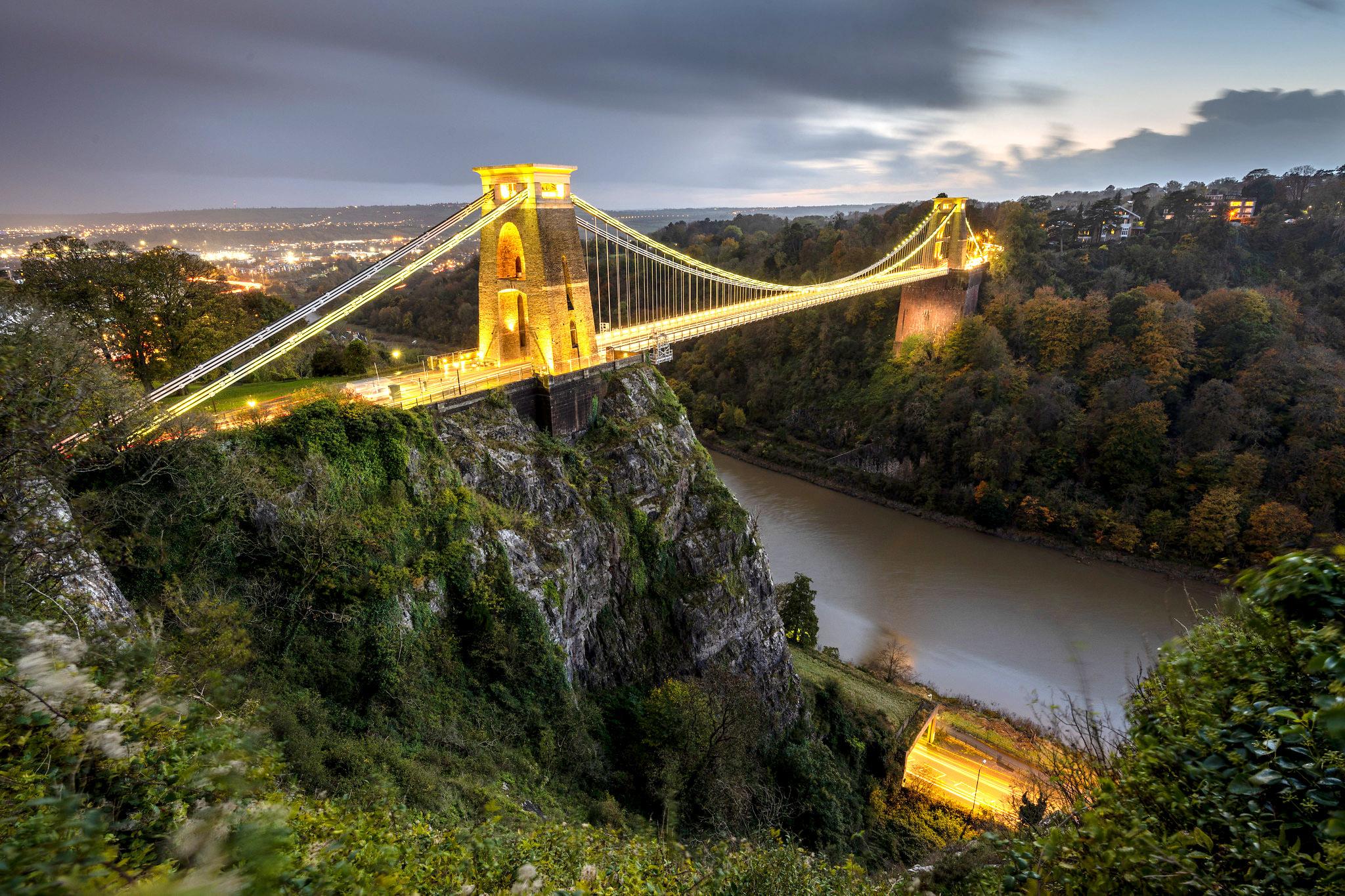 Clifton Suspension Bridge, Bristol by Joe Dunckley.jpg