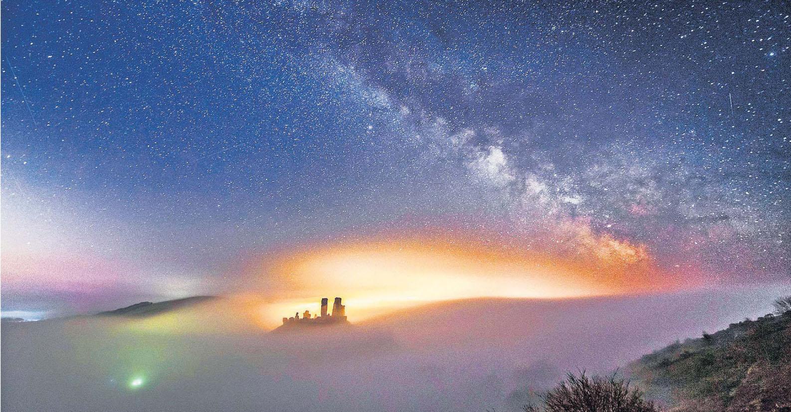 The Milky Way above Corfe Castle, Dorset by Graham Hunt.jpg