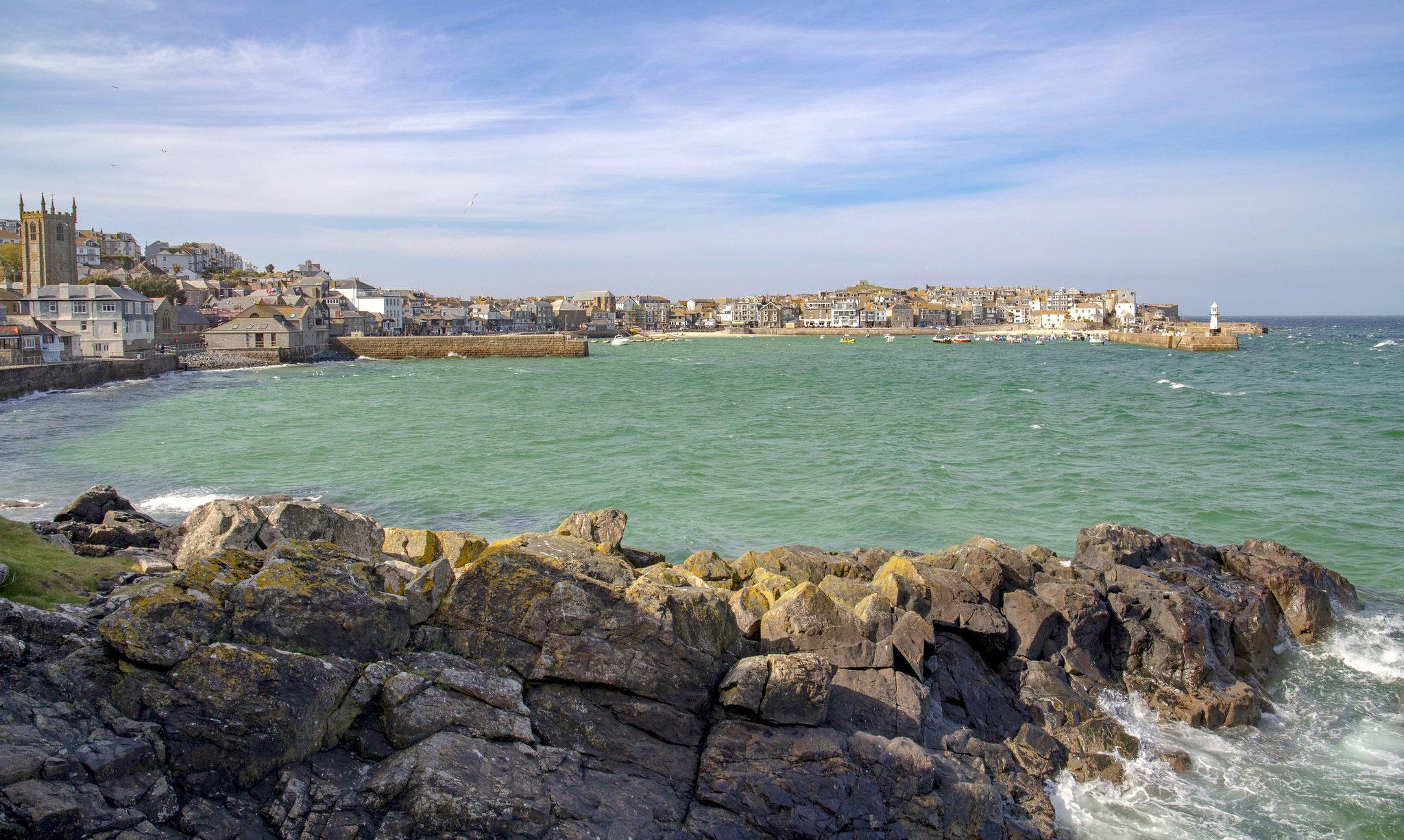 St Ives harbour by Steve Mantell.jpg