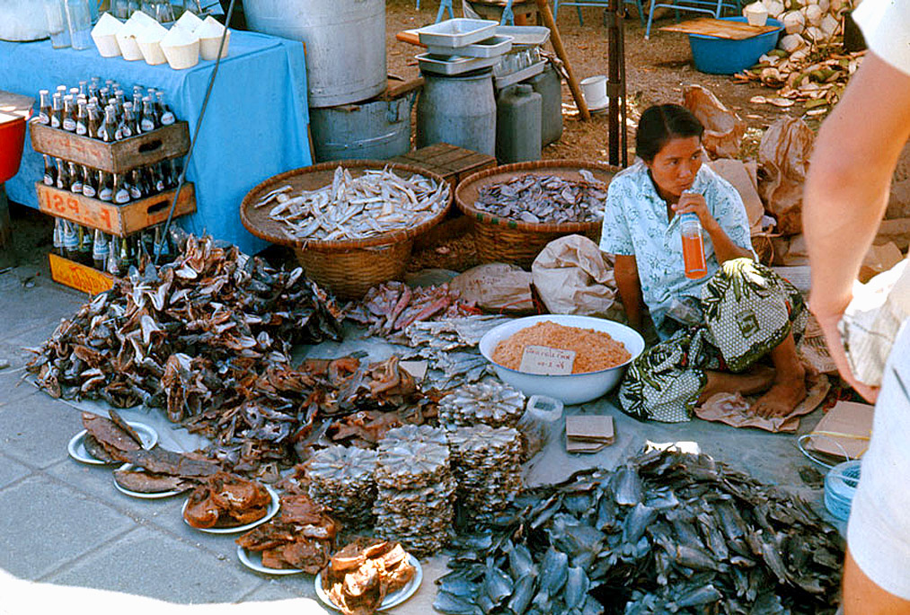 1970 Woman selling dried fish by Willie Wonker.jpg