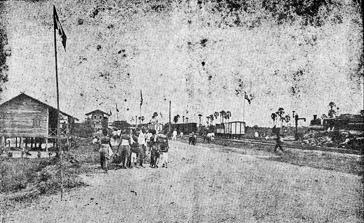 1900 Chulalongkorn delegation opens the new Ratchaburi Rail Station.jpg