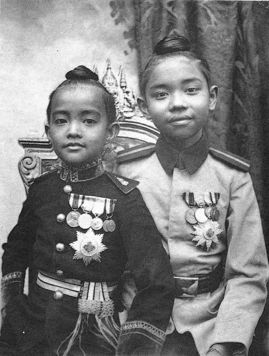 1900 Royal Princes.jpg