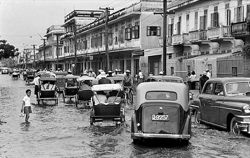 1950 April, Daily Bangkok hightide.jpg