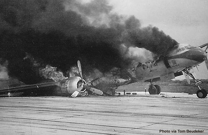 1952 23 March, KLM Fiery landing at Don Muang.jpg