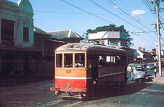 1954 Bangkok tram.jpg