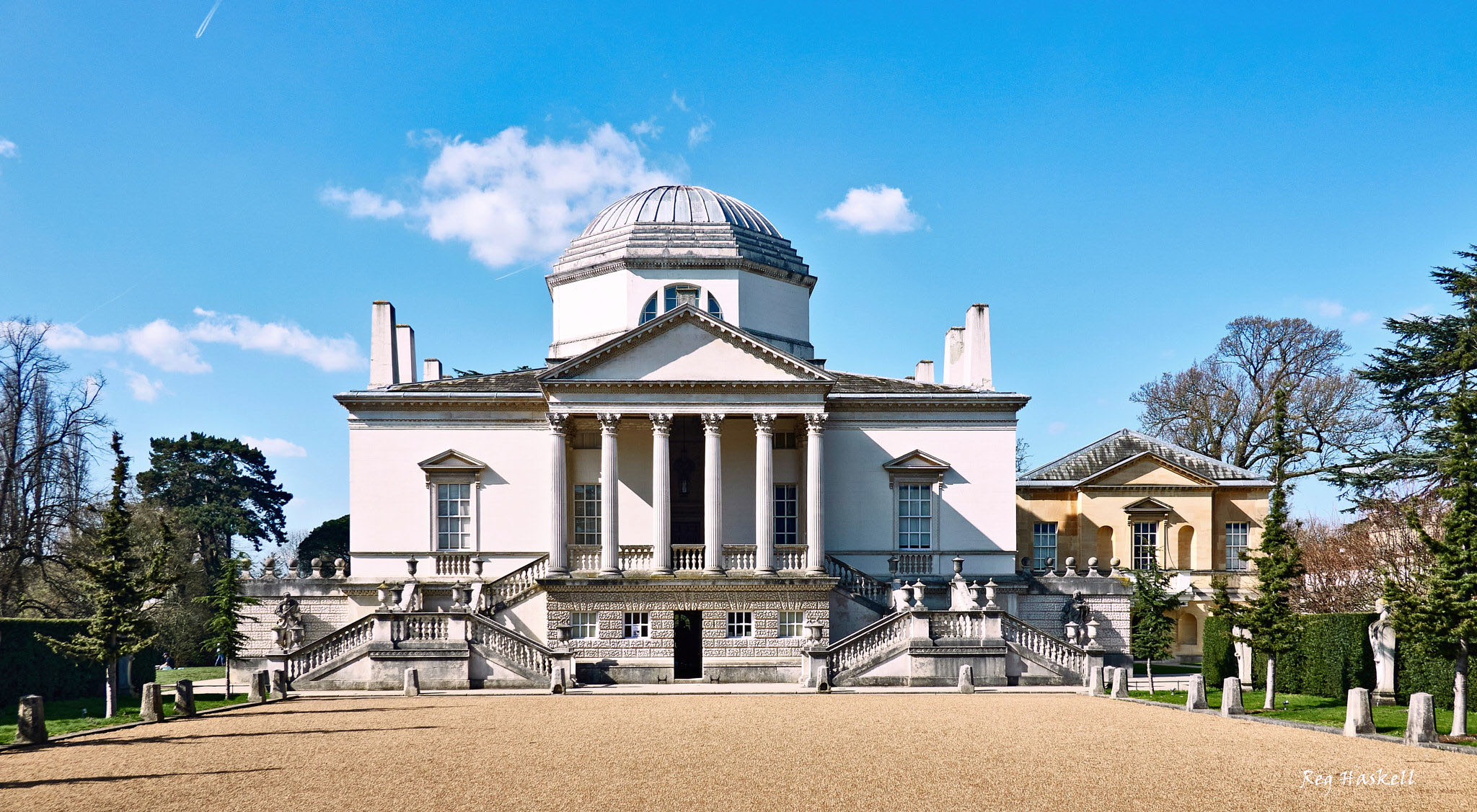 Chiswick House, London by Reg Haskell.jpg