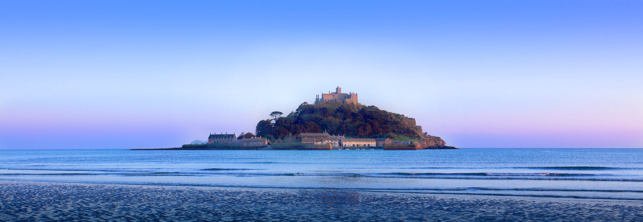 St Michaels Mount by Michael D Beckwith.jpg