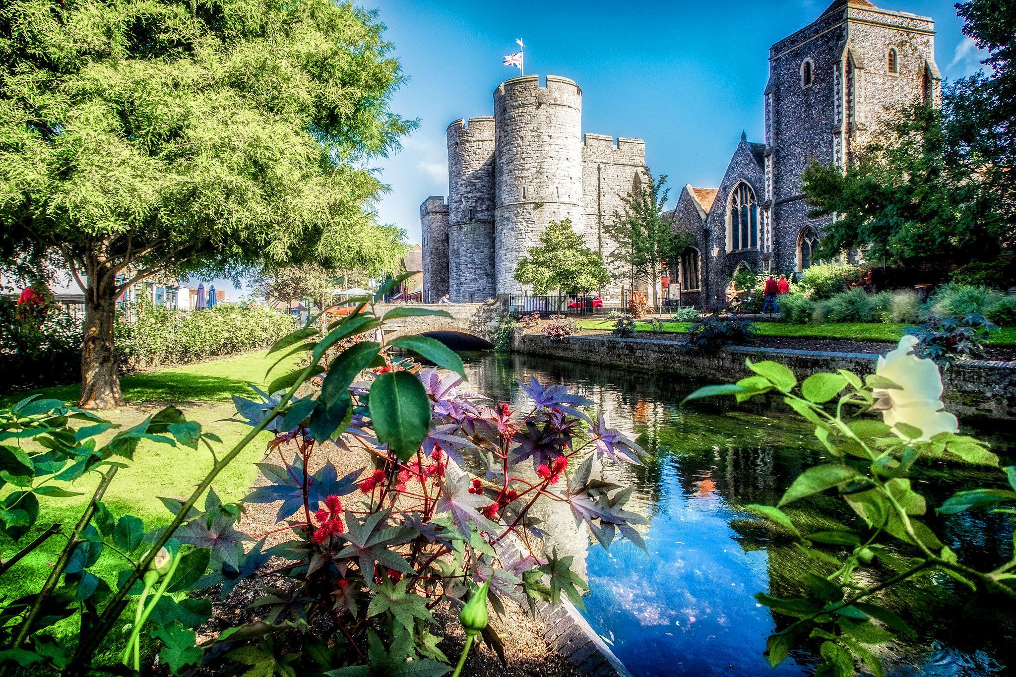 West Gate, Canterbury, Kent by Bill Learmonth.jpg