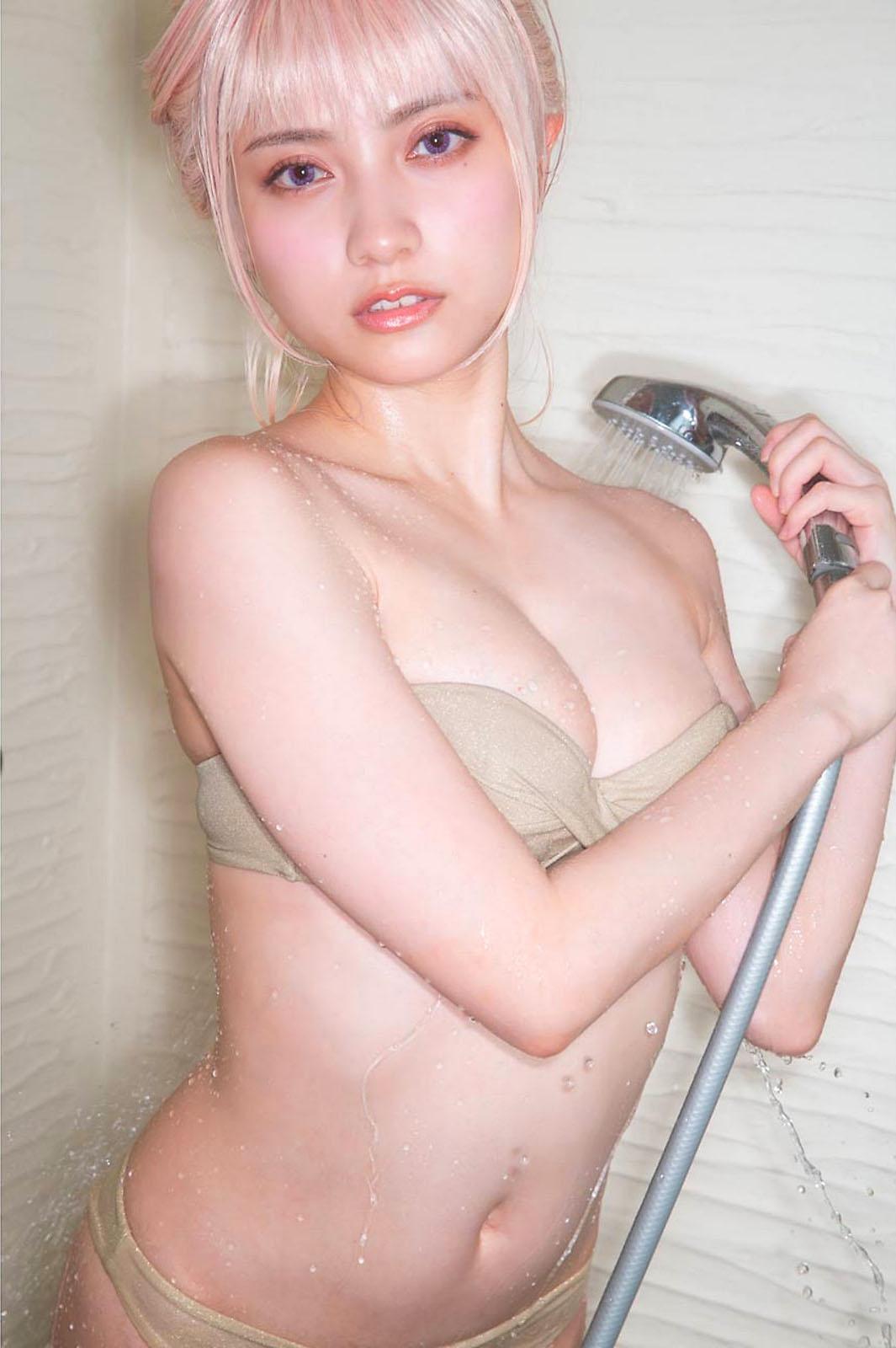 Nashiko Momotsuki Young Gangan 210604 11.jpg