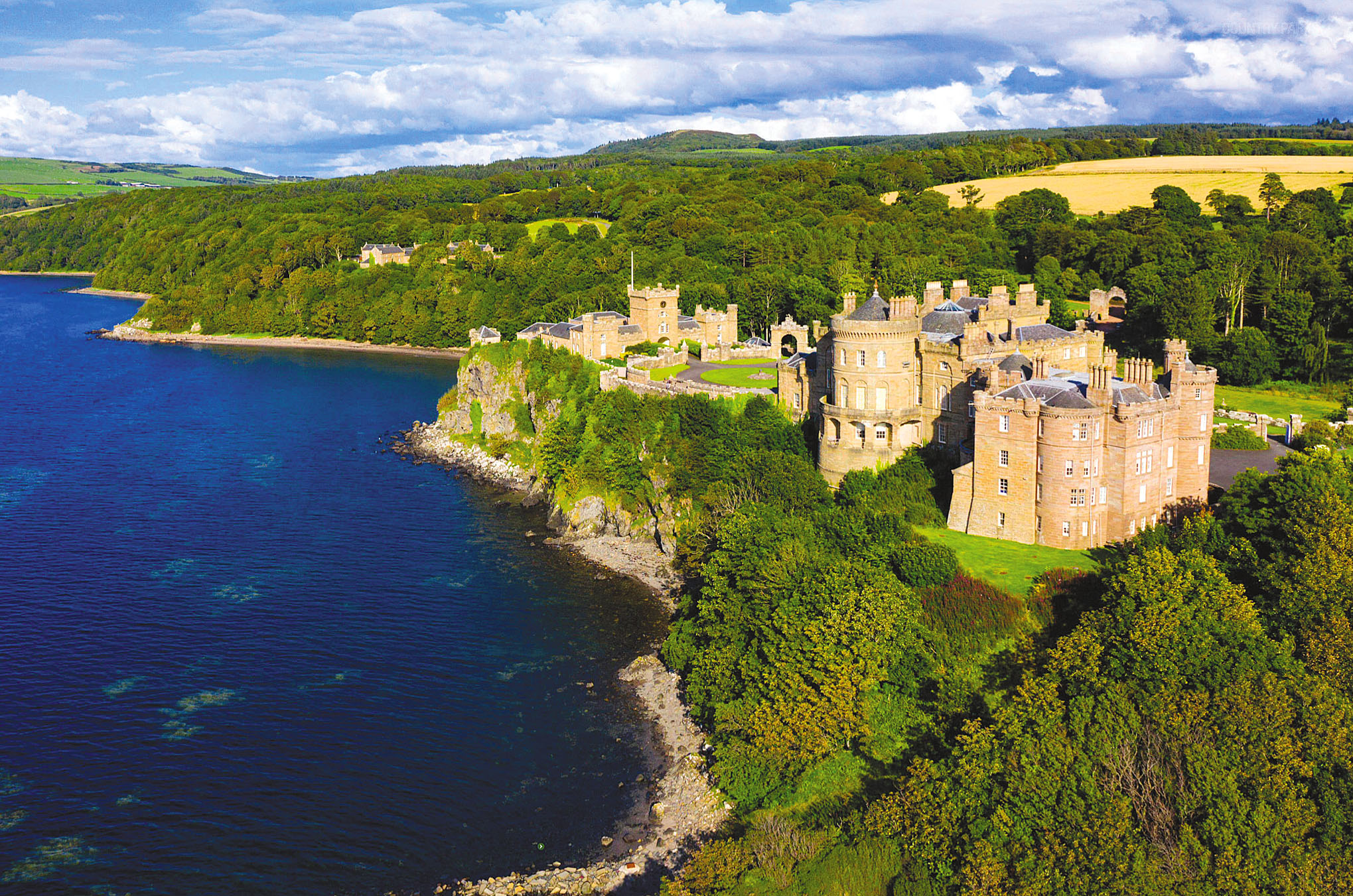 Culzean Castle, Maybole, Ayrshire.jpg