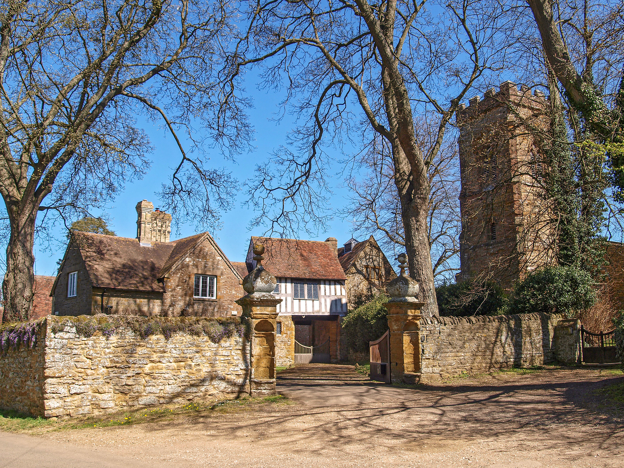 The Gatehouse where the Gunpowder Plot was hatched, The Manor House, Ashby St Ledgers, Northamptonshire by Andrew S Brown.jpg
