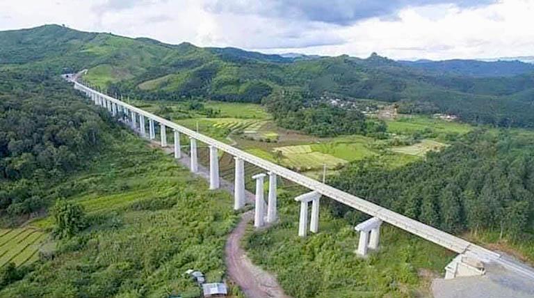 Trans Lao Railroad 06.jpg