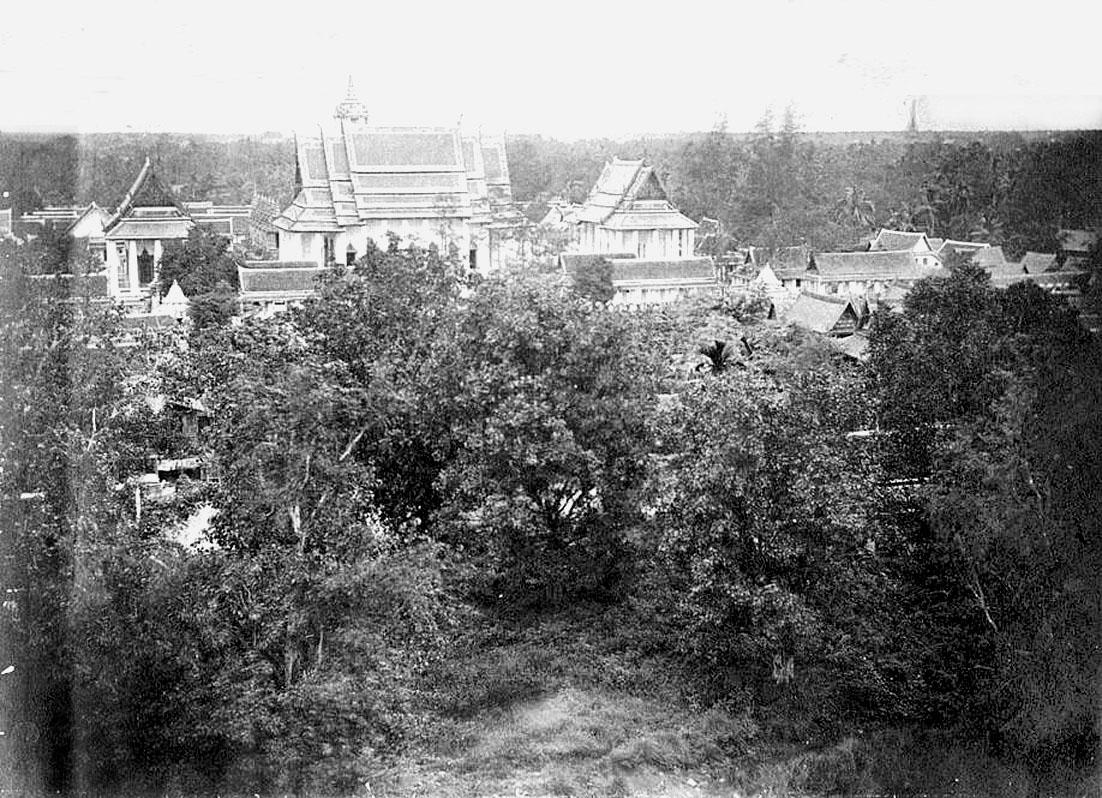 1866 Looking northwest from Wat Ratchanadda.jpg