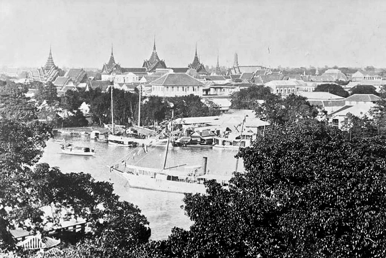 1892 Chao Phraya scene.jpg