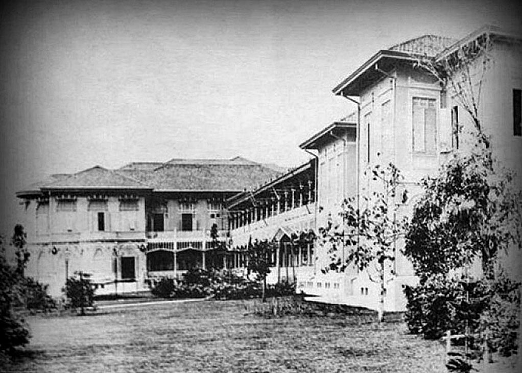 1894 A view of the backside working quarters, Dusit Palace.jpg
