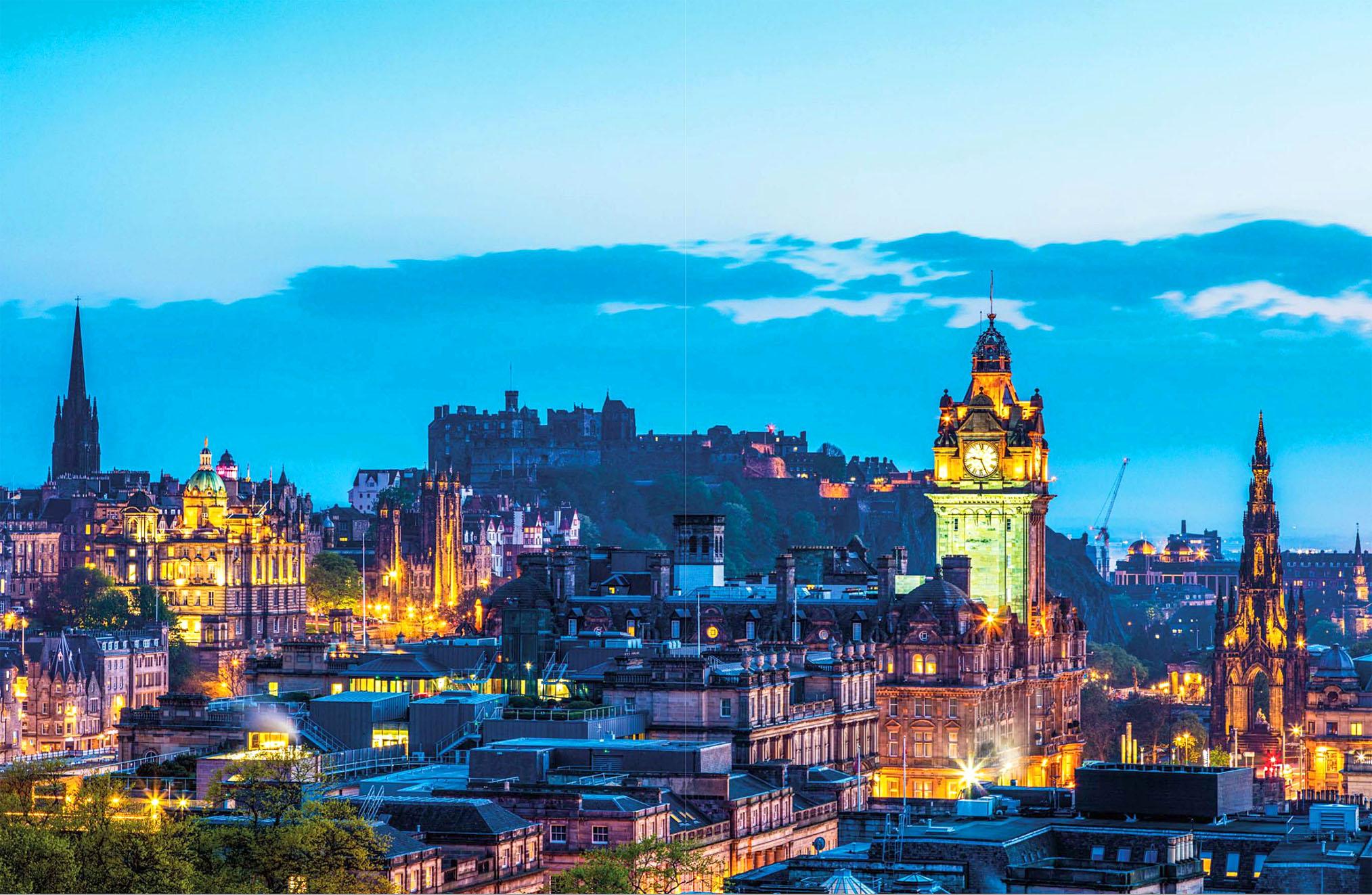 The Edinburgh skyline at night by Ken Scicluna.jpg