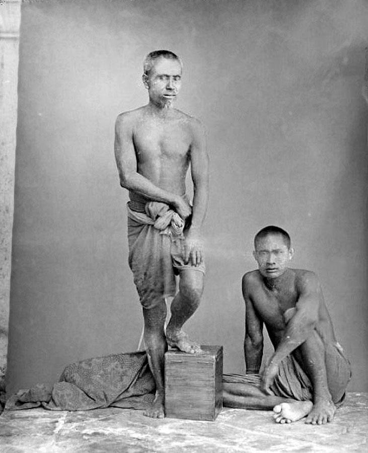 1870 Uttaradit everyday guys.jpg