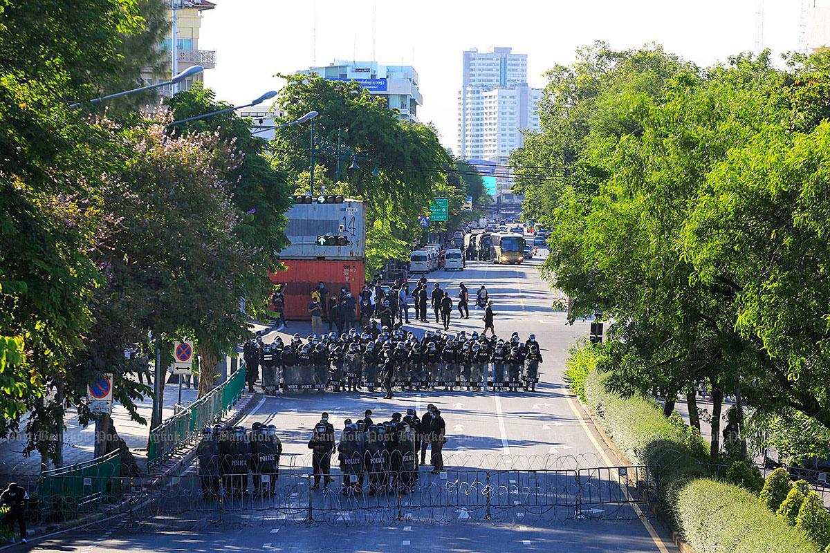 Bangkok Tensions 210816 04.jpg