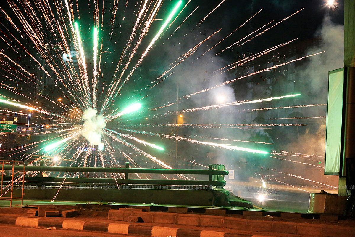 Bangkok Tensions 210816 07.jpg