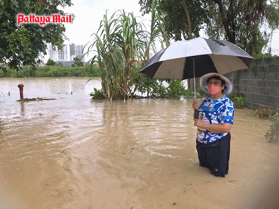 Pattaya-floods-pic-3.jpg