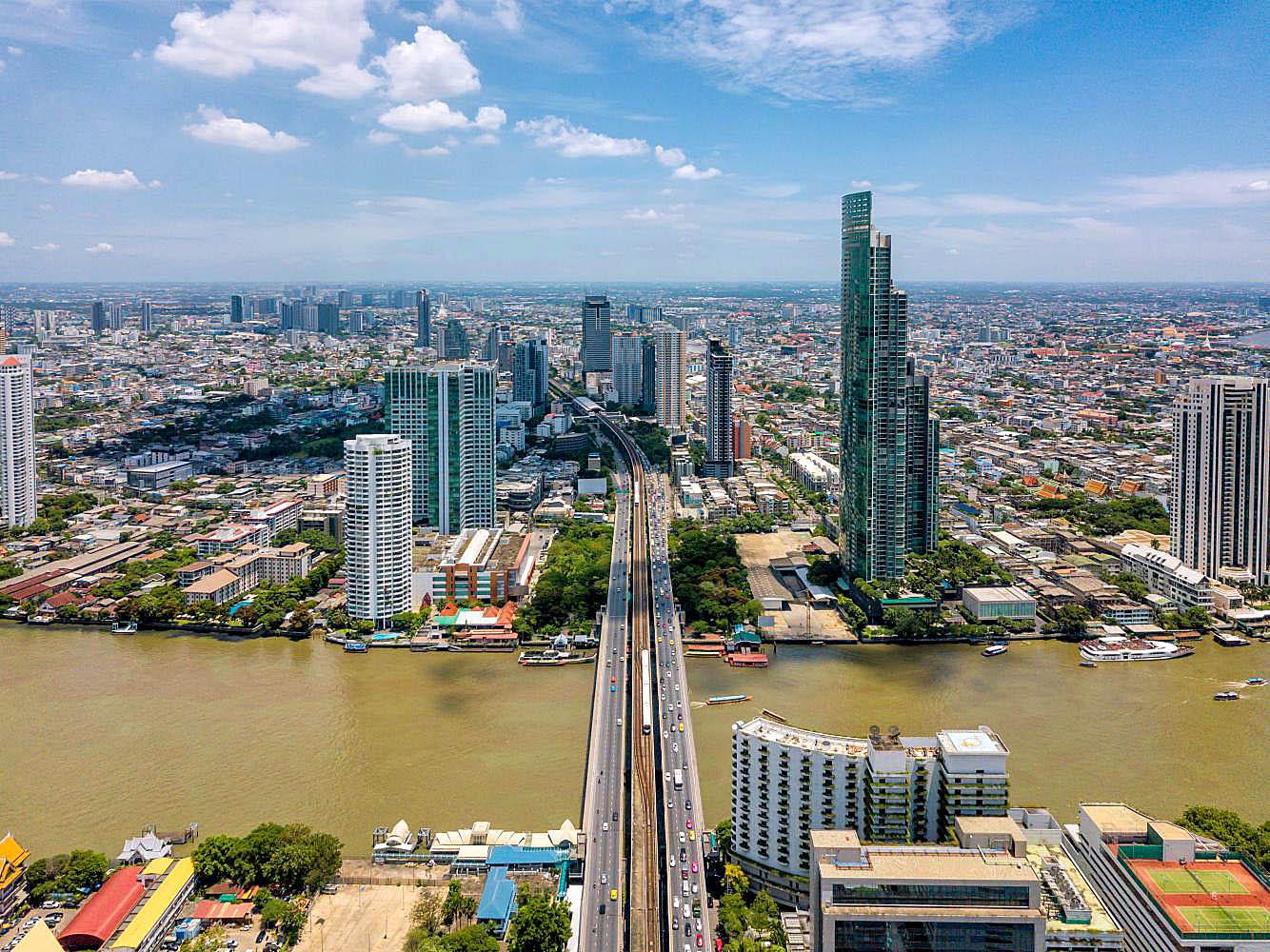 Bangkok view from above Saphan Taksin Skytrain station.jpg