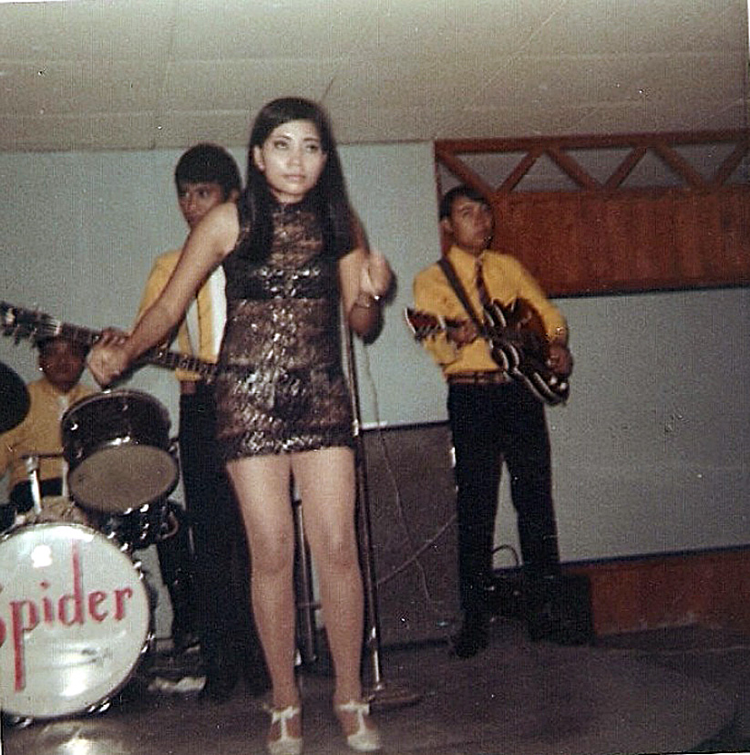 1970 Officer's Club entertainment at Ubon RTAFB 01.jpg