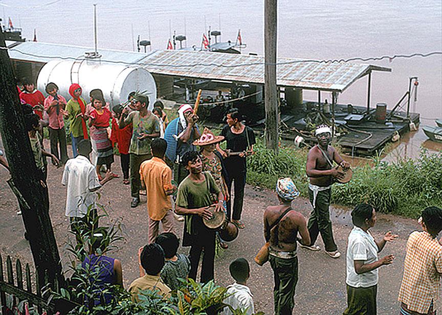 1972 Wedding procession in Nakhon Phanom.jpg