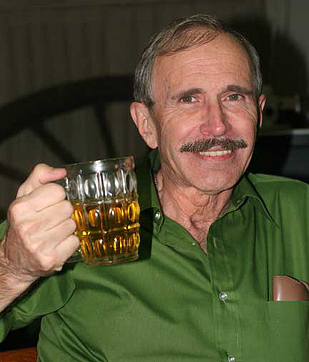 Dean Barrett. Long-time resident of Bangkok writer bar hopper - man-of-the-world.jpg