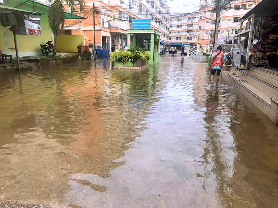 Паттайя потопла Pattaya Drown 2109 13.jpg