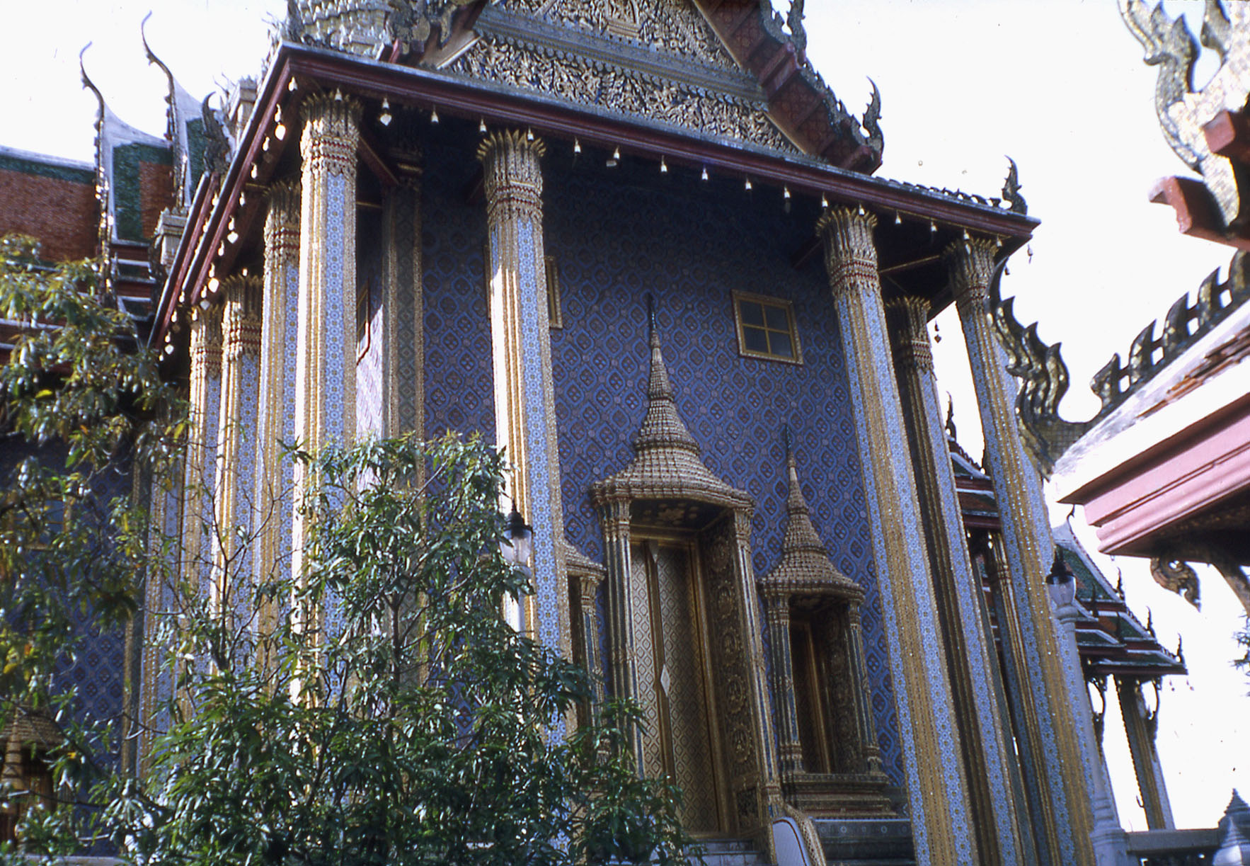 1968 Temple yard around the Temple of Dawn 6.jpg
