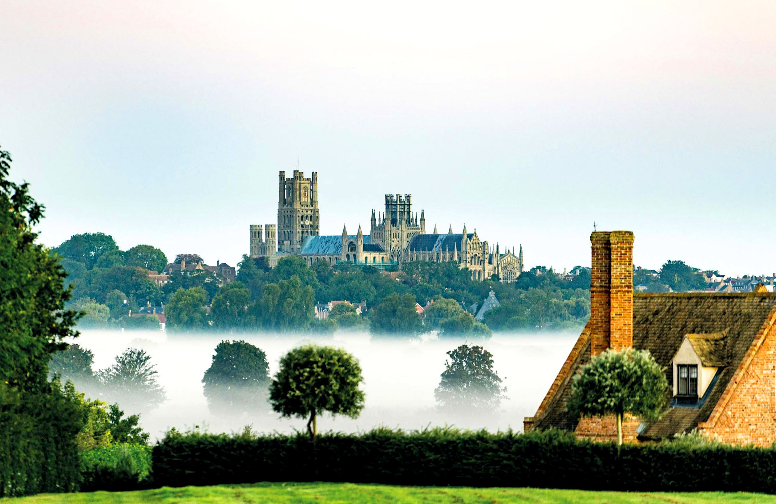 Ely Cathedral, Cambridgeshire.jpg