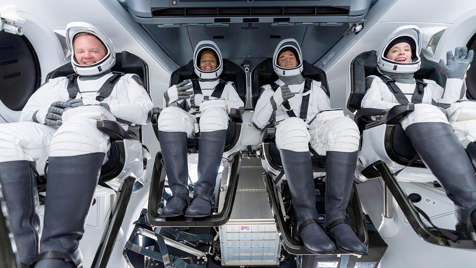 spacex-dragon-capsule.jpg