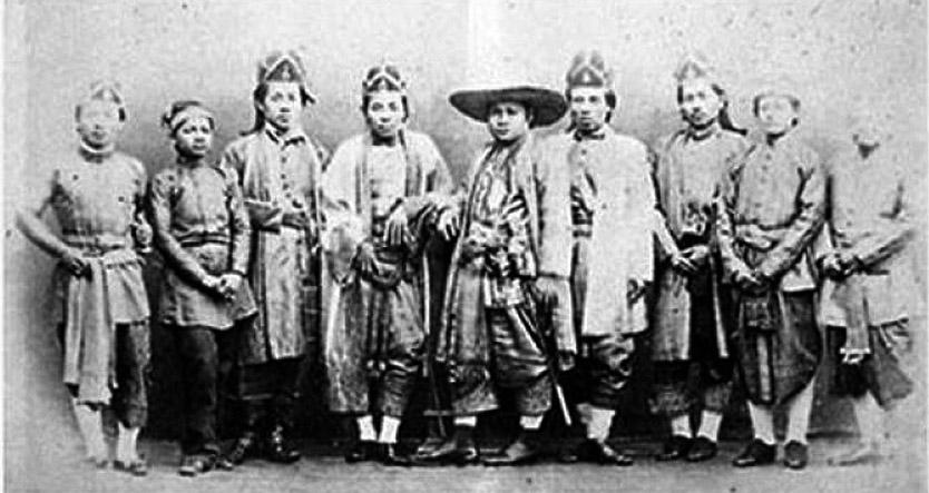 1866 Distinguished Siamese Legion [diplomatic] to England.jpg
