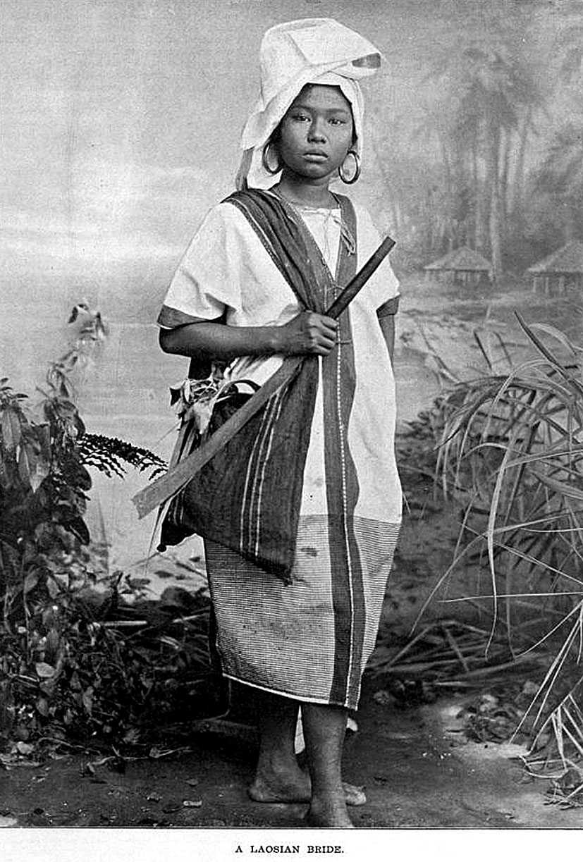 1903 Lao in Northern Isaan.jpg